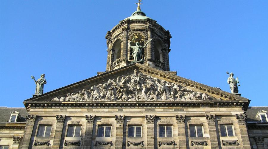 El palacio y la catedral de Ámsterdam, los majestuosos escenarios de la coronación